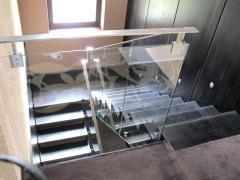 Металлические лестницы от производителя