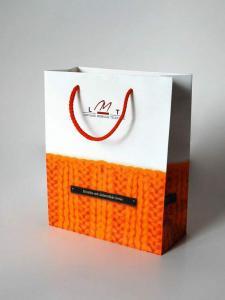 Бумажные пакеты цветные, с рисунком