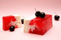 Натуральное мыло с фруктовым ароматом