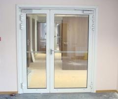 Двери металлопластиковые из немецкого профиля