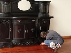 Реставрации антикварных мебели